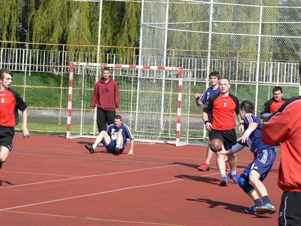a84a4a9d3458 Fotoalbum Házené TJ SOKOL Krnov - Zápas proti Rožnovu 24.4. 2010